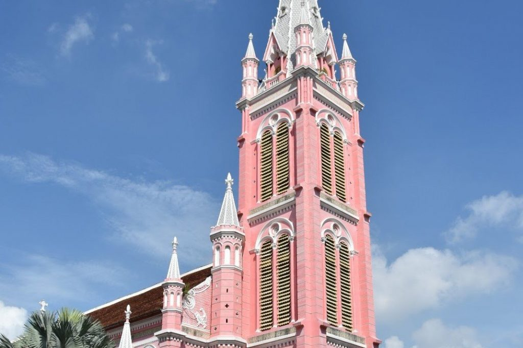 Church of the Sacred Heart of Jesus - Vietnamese Architecture